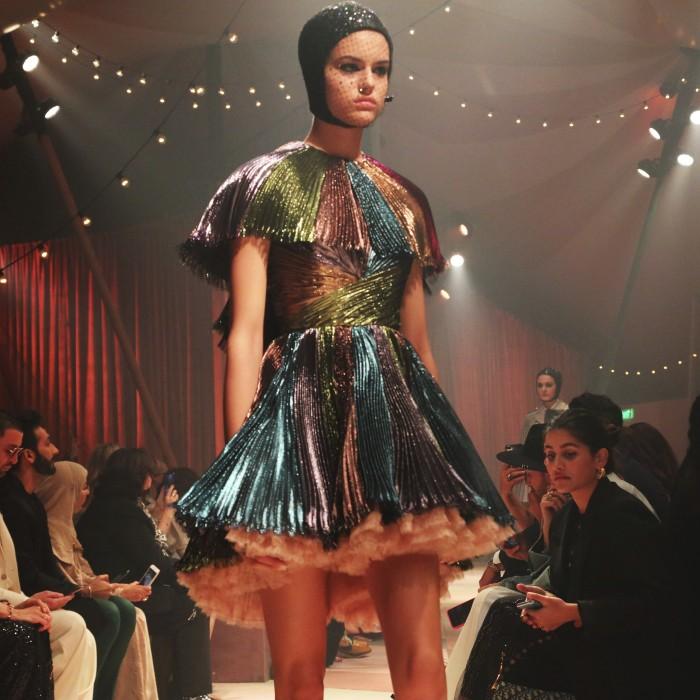 """Dior presenta """"Cápsula"""" en su primer desfile en Dubai"""