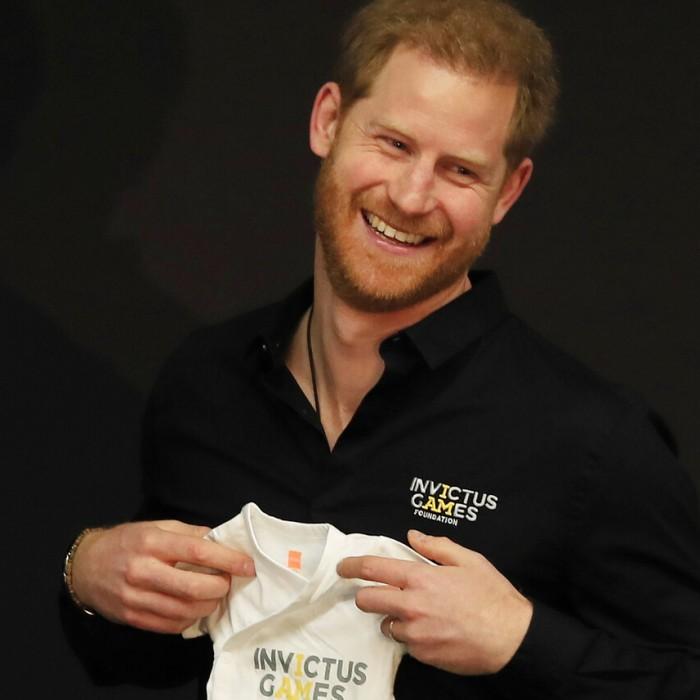 Harry deja a su bebé y se va de gira para inaugurar los Invictus Games