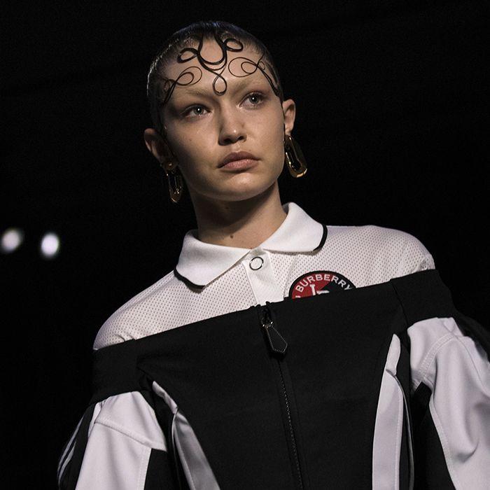 Gigi Hadid, la musa inspiradora de Ricardo Tisci en su segunda colección para Burberry