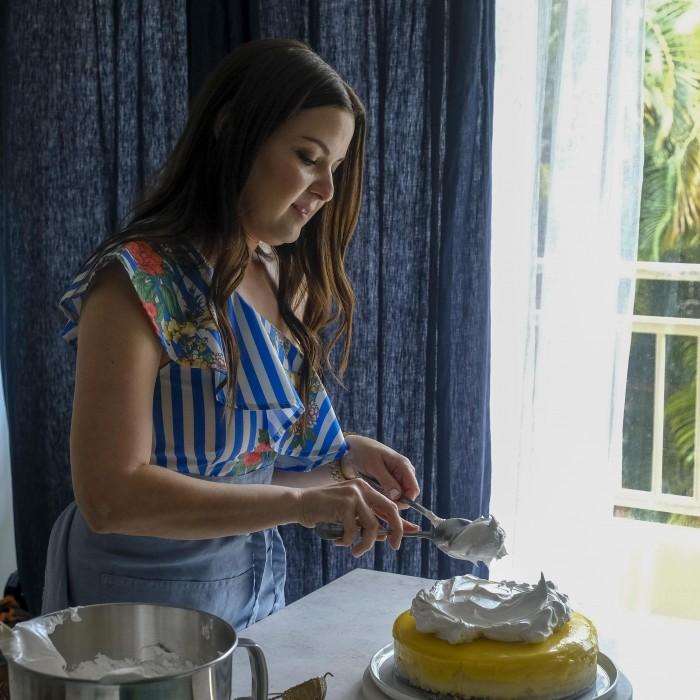 Dev Amadeo, una bloguera boricua que causa sensación desde su cocina