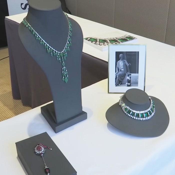 Subastaron exquisitas joyas de la realeza en  casi 10 millones de dólares