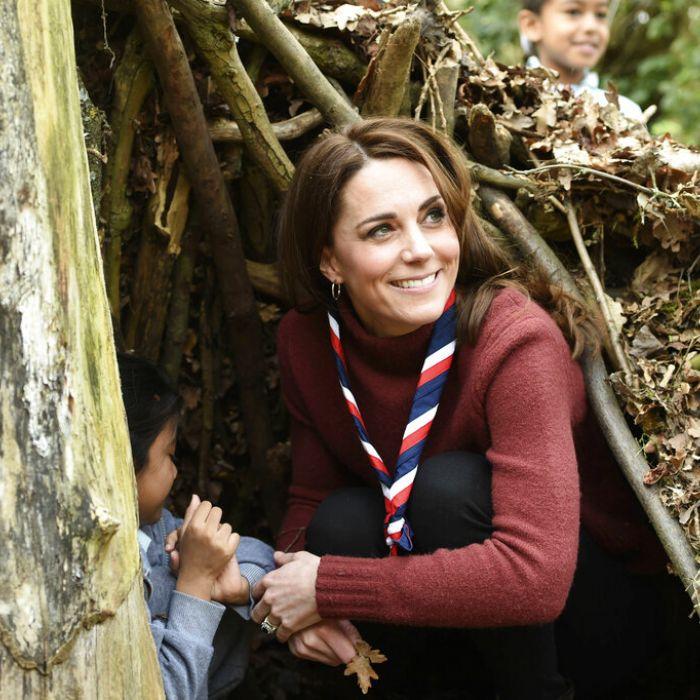 """Kate Middleton volvió a ser una """"girl scout"""" por un día"""