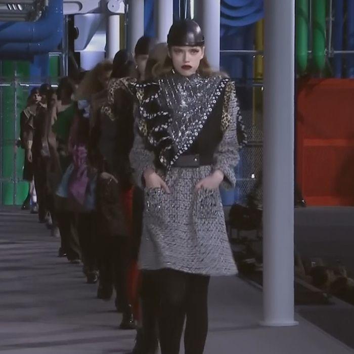 Louis Vuitton regala un cierre de oro en el París Fashion Week