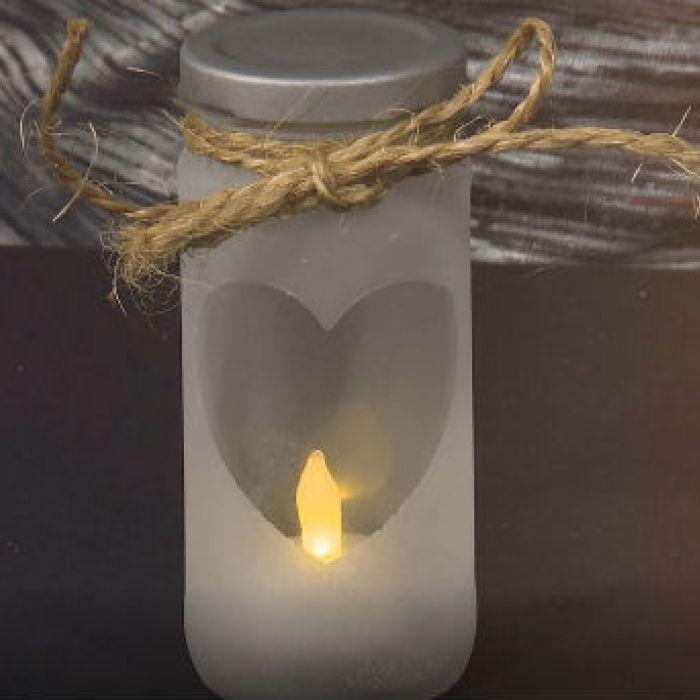 Hazlo tú: Luminarias con frascos de vidrio