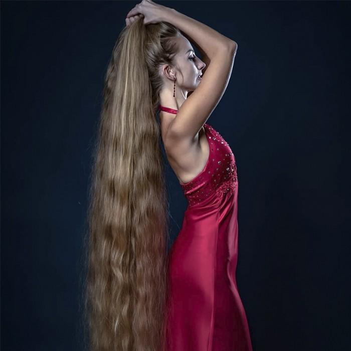 Rapunzel real: tiene 33 años y hace 28 que no se corta el pelo