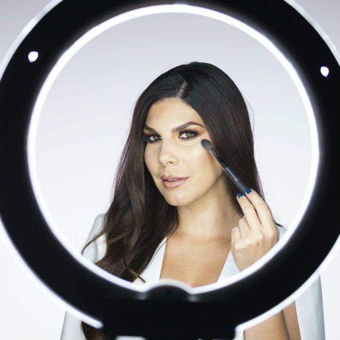 Conoce cómo realizarte un maquillaje en 5 minutos