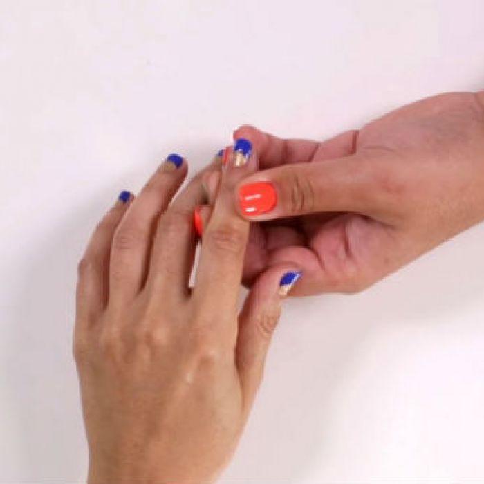 Aprende a hacer una luna en las uñas