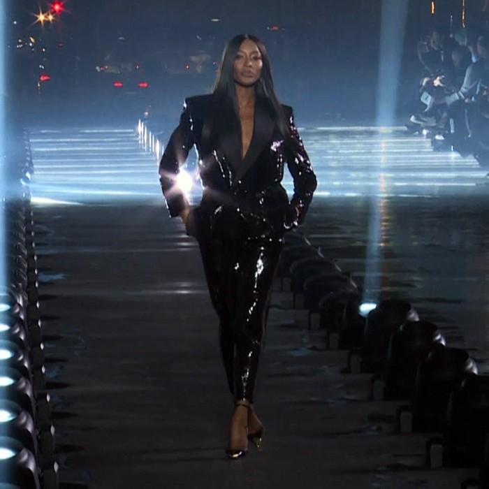 Naomi Campbell y un cierre espectacular en uno de los desfiles más prestigiosos del Paris Fashion week
