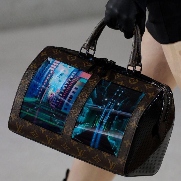 Louis Vuitton lanza bolsos con pantallas táctiles